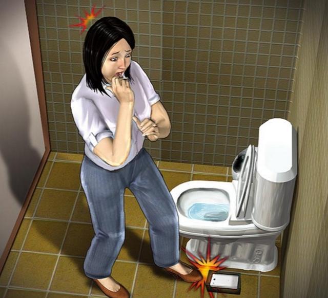 亲热前老公非去厕所蹲半小时,监控偷拍的画面让我崩溃